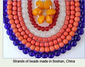 Beads made in Boshan, China. Photos by Robin Atkins, bead artist.